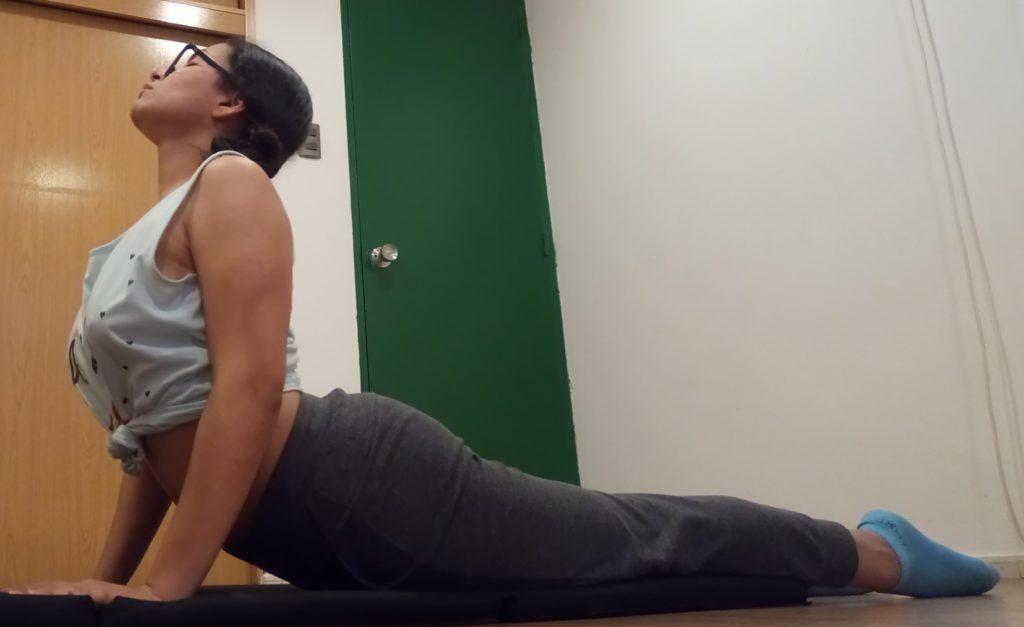 Posturas de yoga durante el periodo