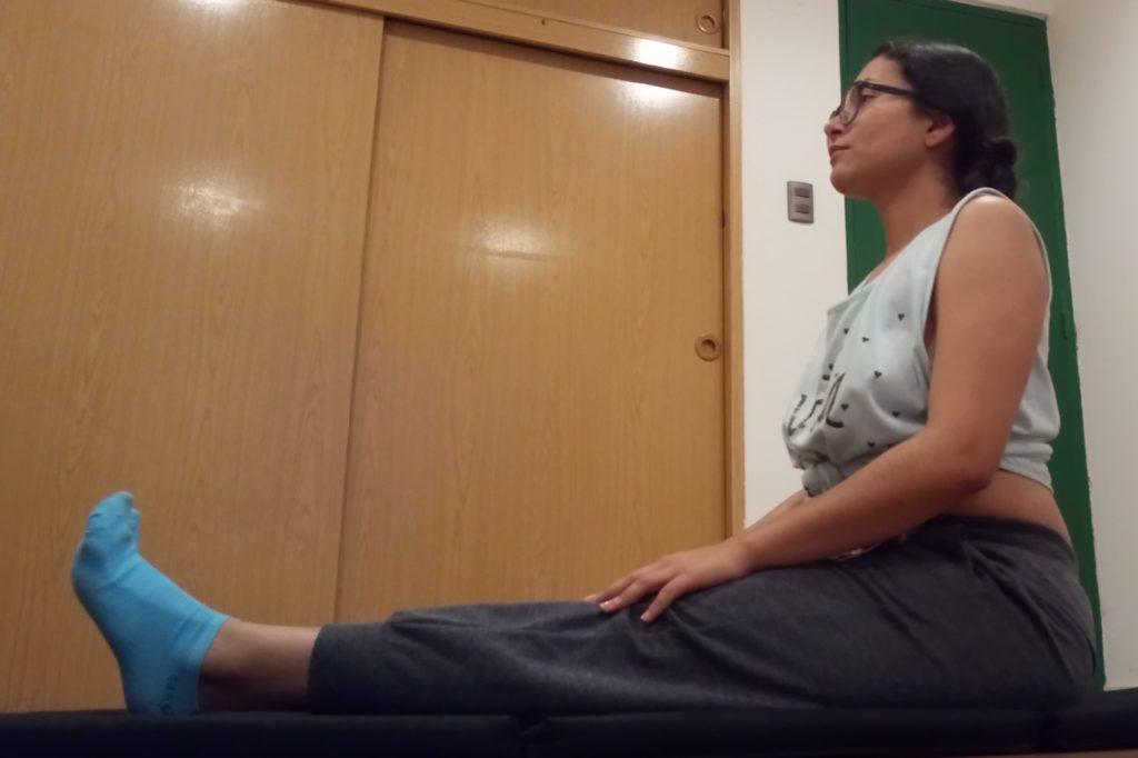 Postura para aliviar el dolor menstrual